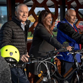 First solar-energy charging terminal for electric bicycles in Valdivia